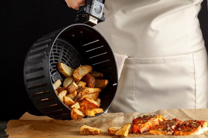 Cooking Fish and Potatoes Using Air Fryer