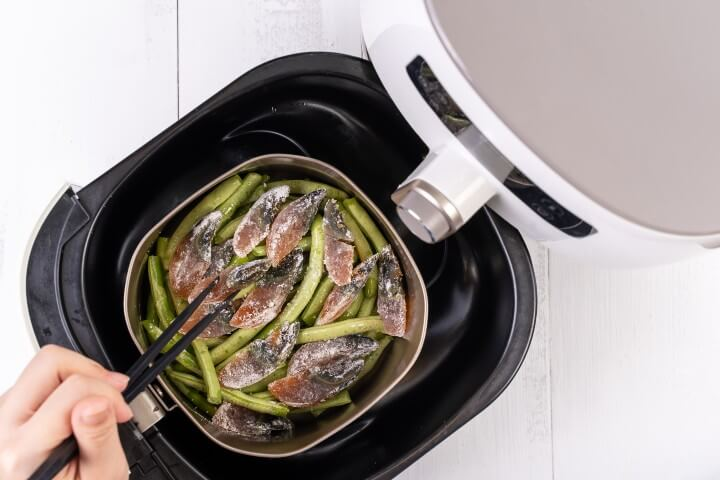 Cooking Using Airfryer