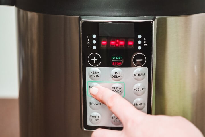 setting to pressure cooker