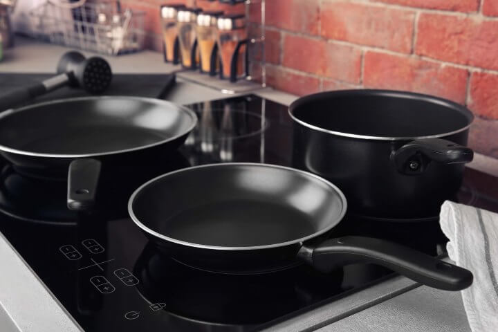 Black induction cookware