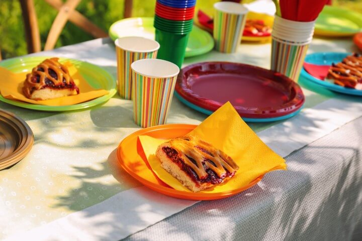 picnic table with disposable utensils