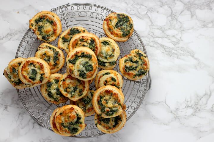 pizza rolls with spinach